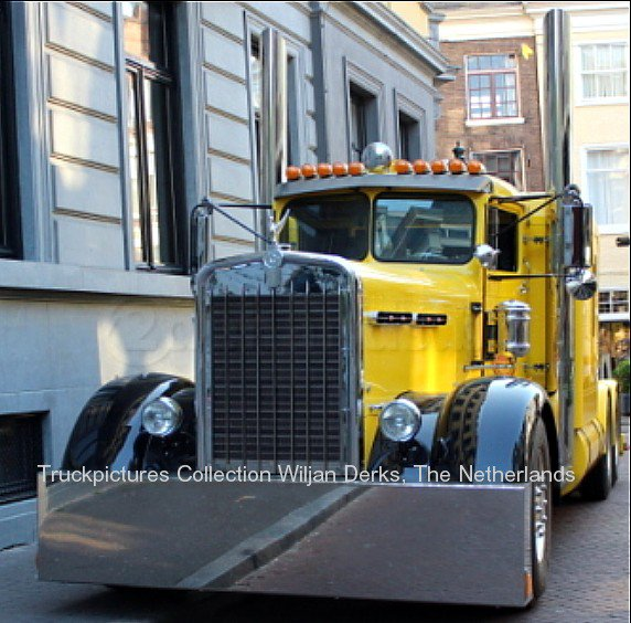 1957 Kenworth Trucks for Sale http://mackmuppet.skyrock.com/3111180721-Kenworth-Needle-Nose-Guerain-Den-Haag-The-Netherlands.html
